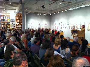 Crowd at Powell's